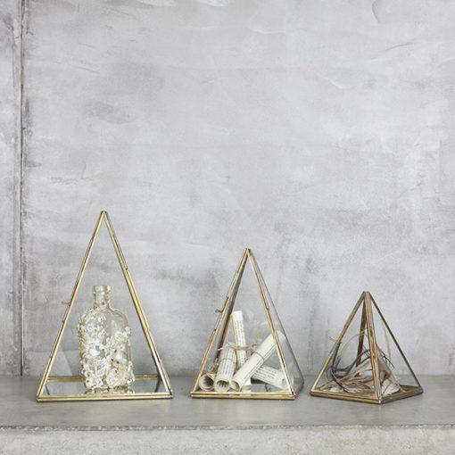 terrarium pour présenter des objets et des jolis collections