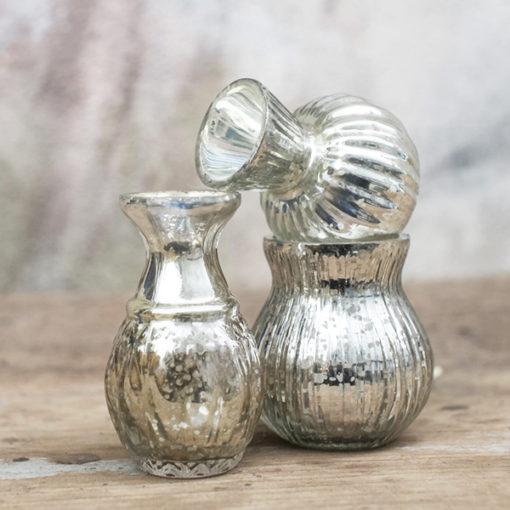 trio de petits vases argentés