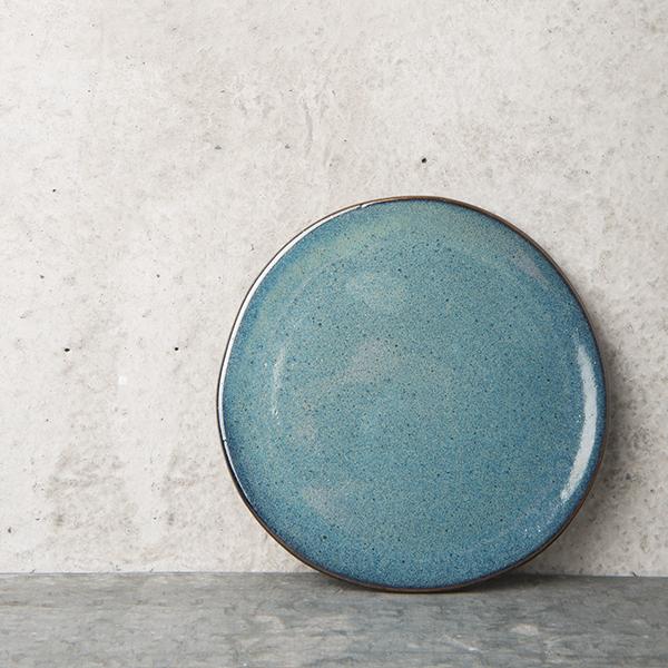 assiette bleu indigo d'inspiration indienne