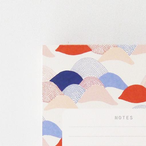 zoom sur la papeterie faite à la main de la marque season paper