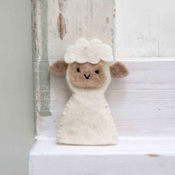 petit mouton en feutrine