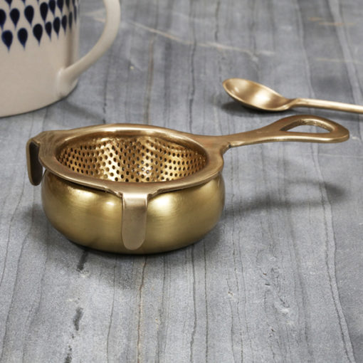 passoire à thé en laiton